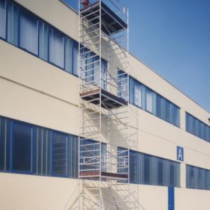 Aluminium heavy duty scaffolds